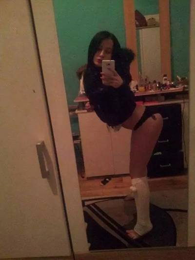 Latrisha from Hume, Virginia is looking for adult webcam chat