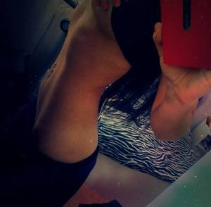 Chantay from Atchison, Kansas is looking for adult webcam chat
