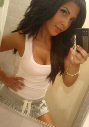 Looking for local cheaters? Take Keila from Vermont home with you