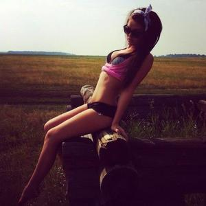 Sirena from  is looking for adult webcam chat