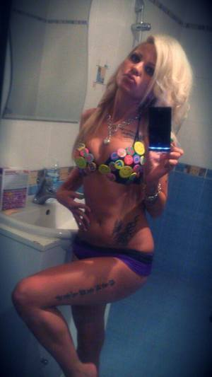 Elizebeth from Bryant, Alabama is looking for adult webcam chat