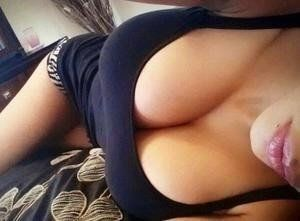 Letisha from Vermont is interested in nsa sex with a nice, young man