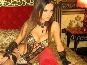 Looking for local cheaters? Take Micheline from Arkansas home with you